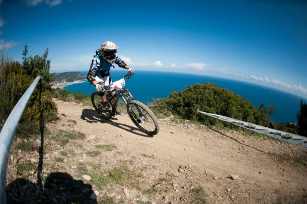 La Reference ENDURO  a Marseille , Massilia Bike System !